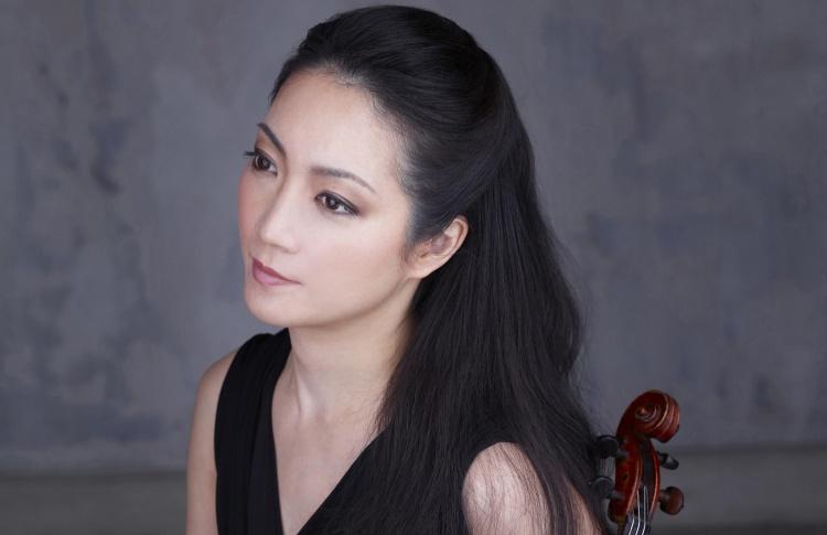 Акико Суванаи