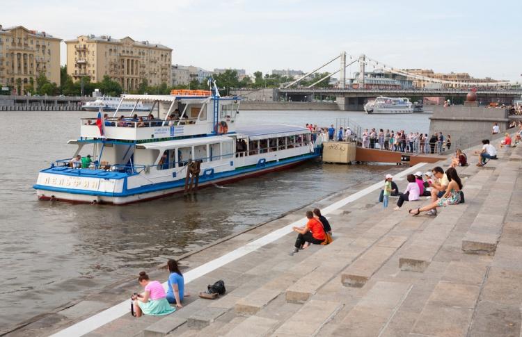 Навигация на Москве-реке закончится в конце недели