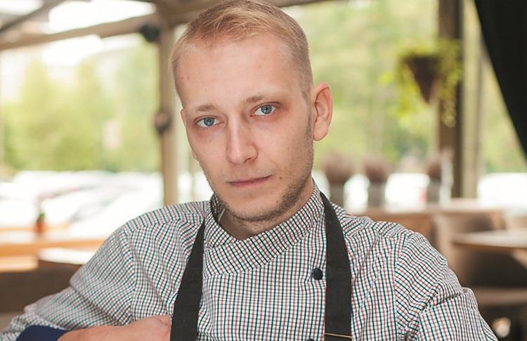 Антон Исаков