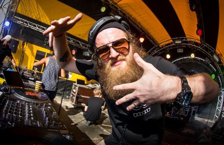 «Flammable Beats Night»: DJs Tactics, MC Dazz-La (Великобритания)