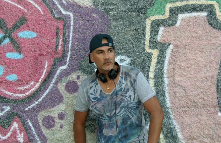 DJ Carlos Campos