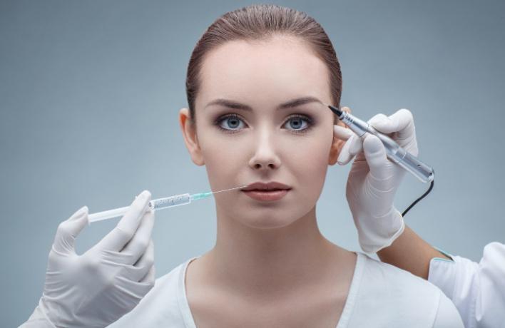 Антивозрастные процедуры, уколы молодости и массаж лица — лучшие места