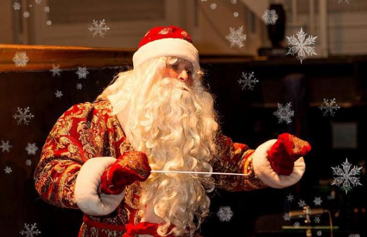 Дирижер - Дед Мороз!