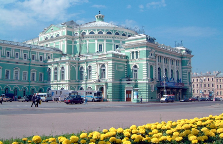 Солисты Академии молодых оперных певцов Мариинского театра