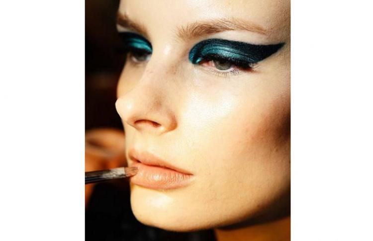 5 нескучных идей макияжа для осени