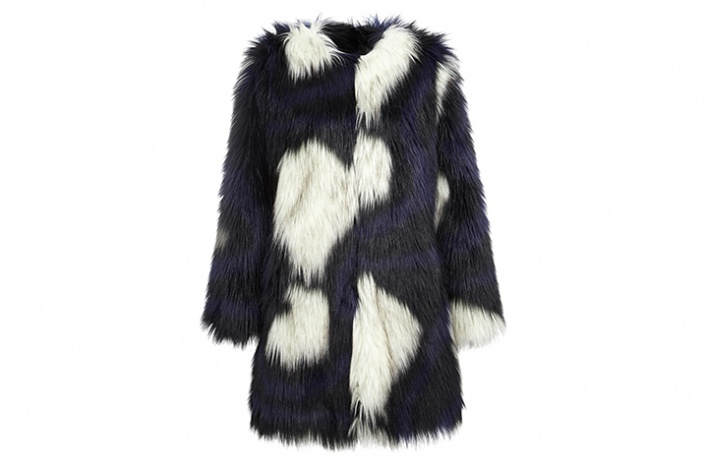 Что носить этой зимой: 10 шуб в московских магазинах