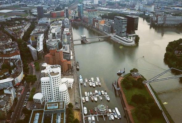 Пять самых недооцененных городов Европы - Фото №2