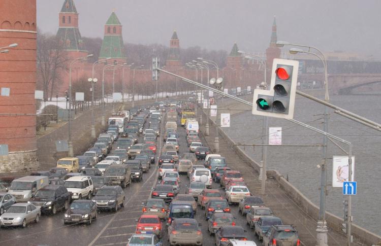 В городе запустят умную систему управления светофорами