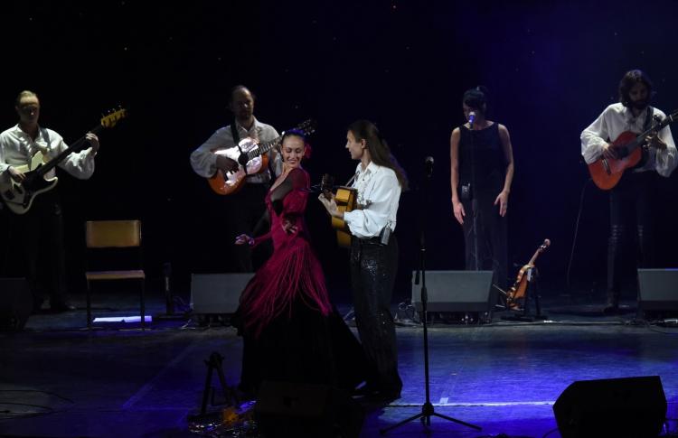 Ансамбль испанских песен и танцев «Serdolik»