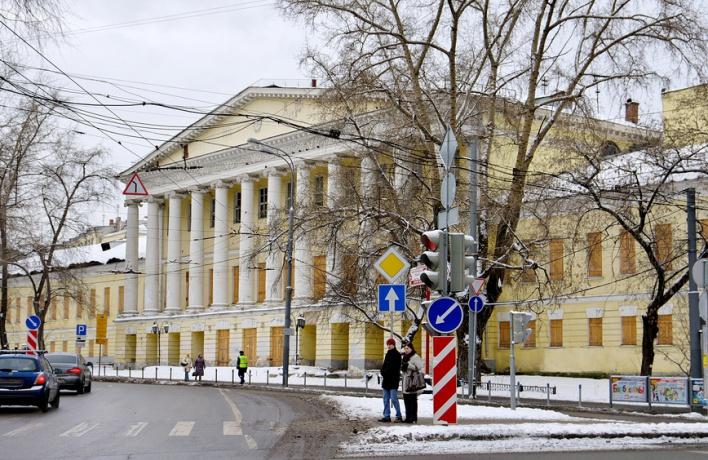 Парк при Екатерининской больнице восстановят по чертежам XIX века