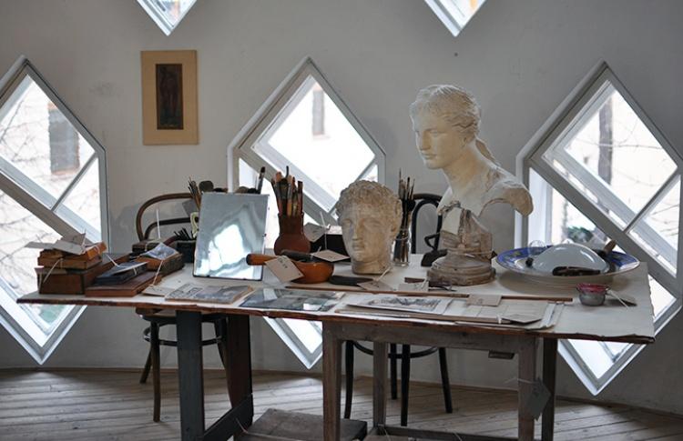 Открылся музей в Доме Мельникова