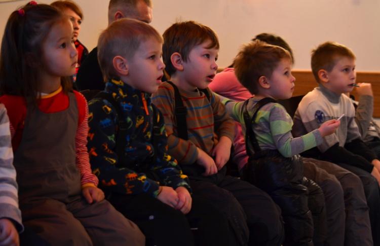 Рождественский фестиваль камерных кукольных театров
