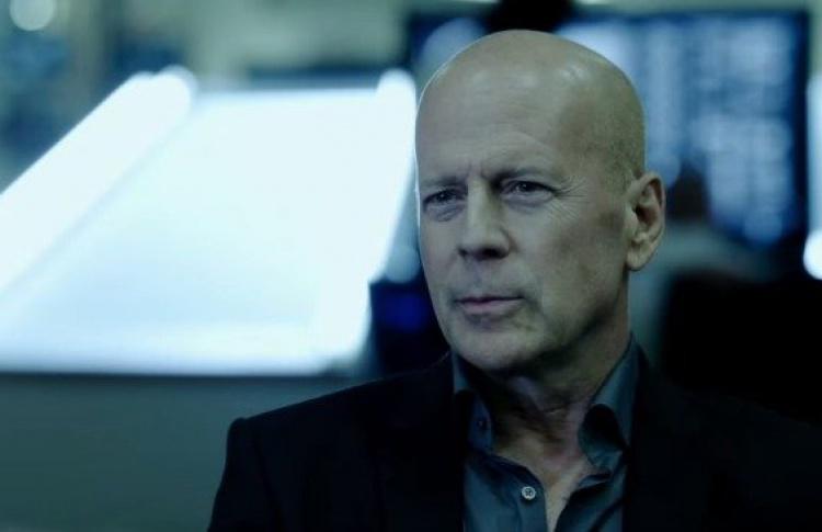 Брюс Уиллис играет злодея в трейлере «Злости»