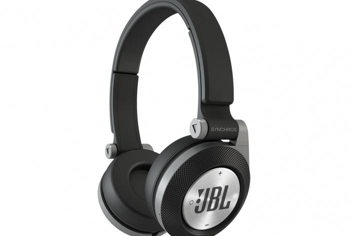 Новая линейка наушников JBL Synchros E-серия