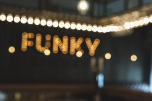 Global Point закрывает Funky Kitchen на Петроградской
