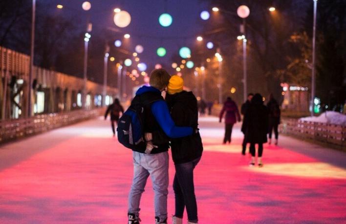 Парк Горького организует бесплатные экскурсии к 14 и 23 февраля