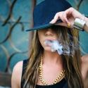 Совет Федерации хочет запретить курить во дворах