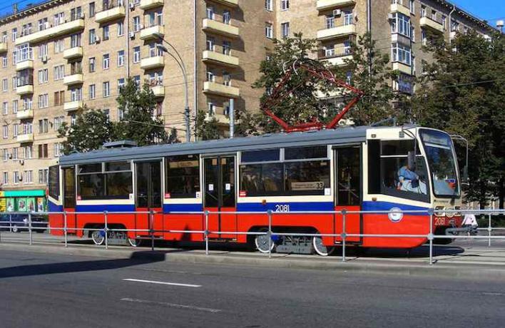 Две трети трамвайных путей в городе отгородят от машин