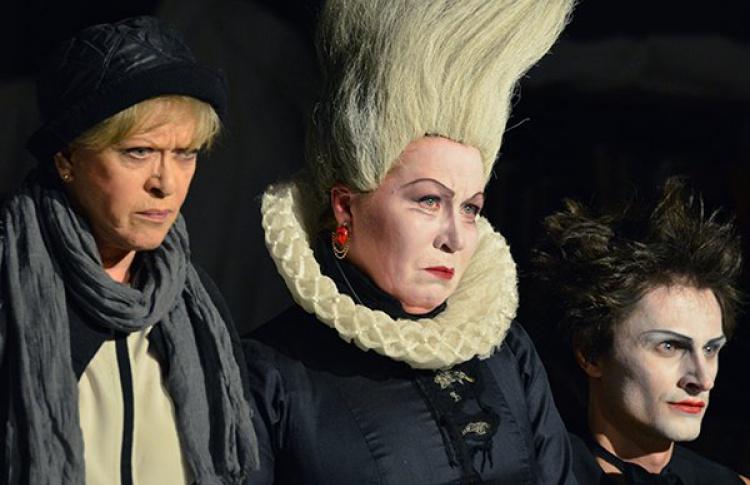 Что смотреть на «Золотой Маске»: лучшие спектакли петербургских театров в Москве