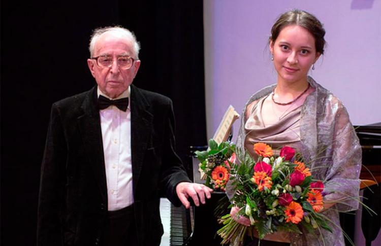 Виктория Мун и Михаил Бялик