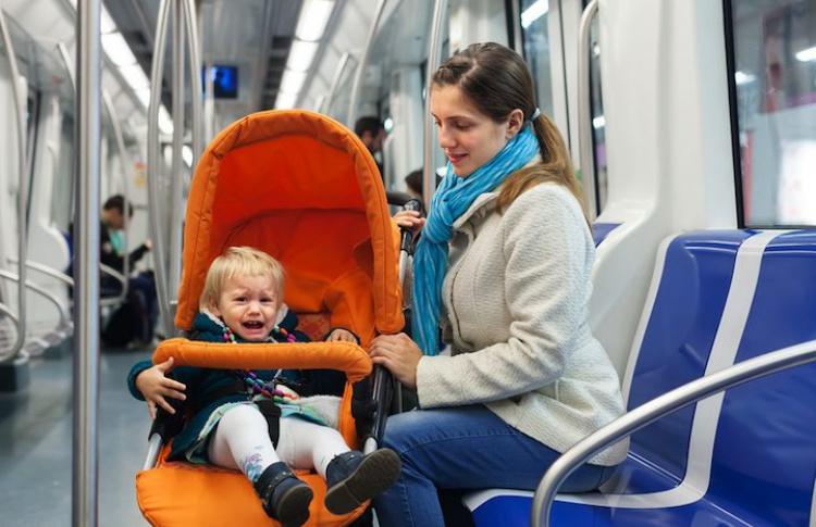 В метро могут появиться спецвагоны для беременных и инвалидов