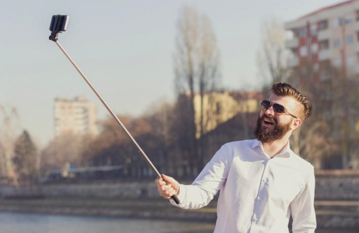 В парках откроют прокаты палок для селфи