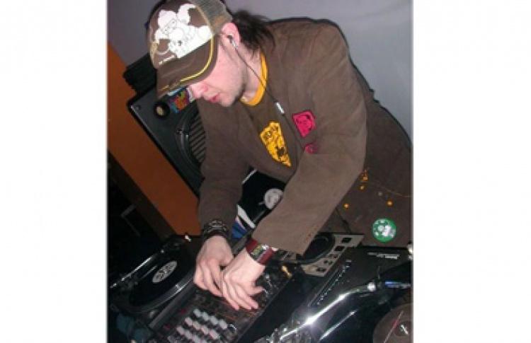 DJ Shahash. Sweet Retro Trash