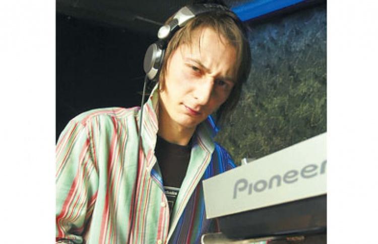 DJ Катя Ryba (Москва, techno)
