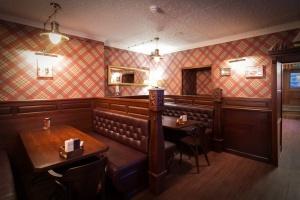 Oldham pub