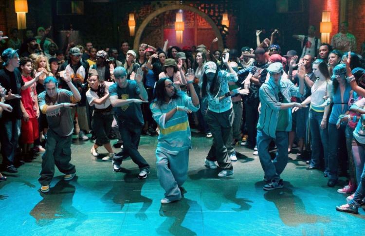 Импровизационная танцевальная практика студии Hip-Hop & Freestyle