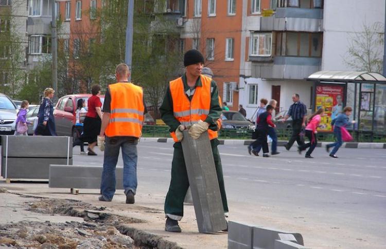 На улицах заменят все бордюры