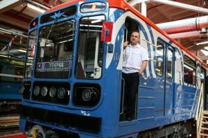 Все вагоны в подземке перекрасят в цвета бренда «Московский транспорт»