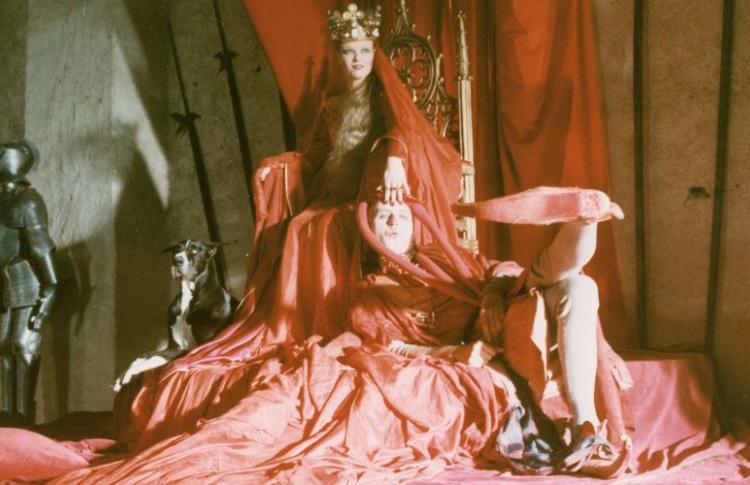 Шут и королева