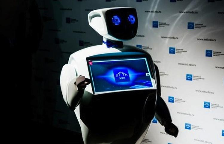 В поликлиниках могут появиться говорящие роботы