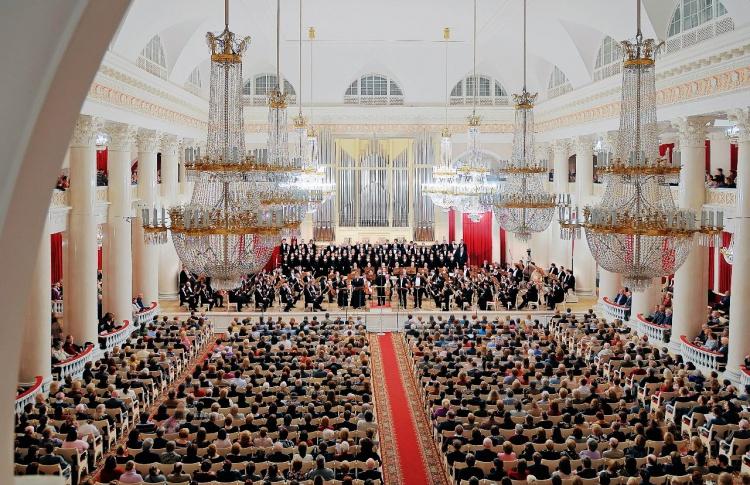 Благотворительный концерт фестиваля «Шаг навстречу!»