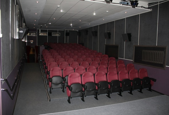поблизости кинотеатр искра на тимирязевской страница