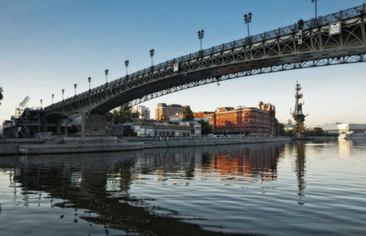На Москве-реке построят восемь пешеходных мостов
