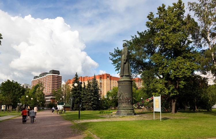 Мосгоризбирком разрешил референдум о возвращении памятника Дзержинскому