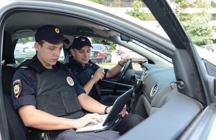 Московский автоинспектор заслужил орден