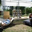 В парках и скверах открыли 100 летних читален