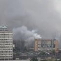 В горящем здании на ЗиЛе обрушилась крыша