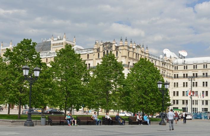 В Москве появятся 125 главных садовников