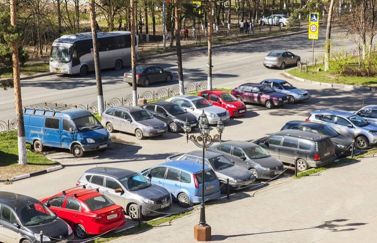 Платная парковка появится в Жулебино, Марьино и Люблино