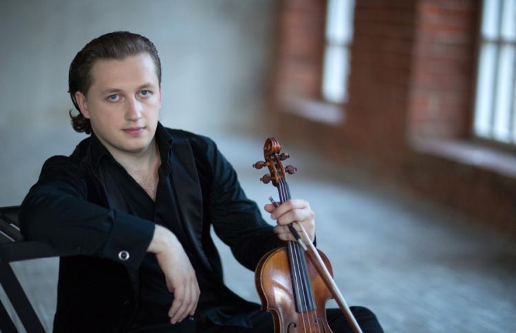 Сольный концерт Павла Милюкова