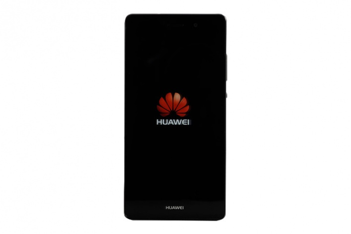 HI-FI.RU/Гаджеты: Huawei P8 Lite. Легкий для бюджета