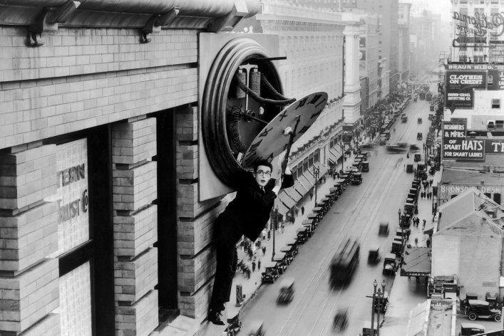 10 самых безумных трюков в истории кино
