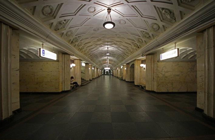 В субботу закроют станции сразу на двух ветках метро