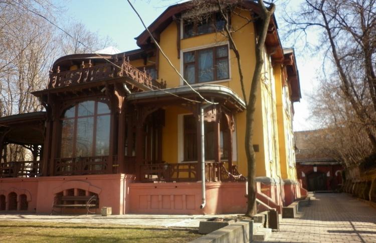 Молодежный историко-культурный центр «Особняк купца В. Д. Носова»