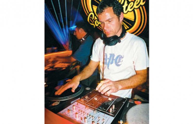 Official Solid Steel Night. DJs DK