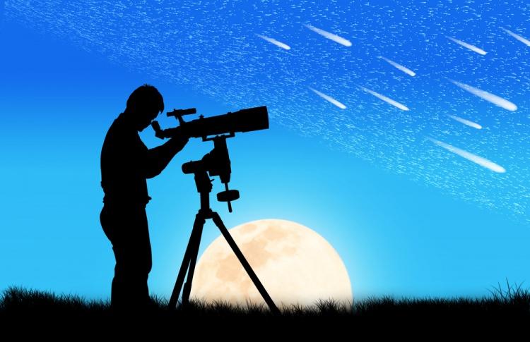 Планетарий объявил месяц бесплатных наблюдений за звездами